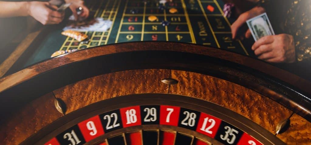 Live casino Spiele ohne Tischlimits spielen